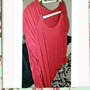 NWOT Susan Graver red scrunchy sleeve blouse